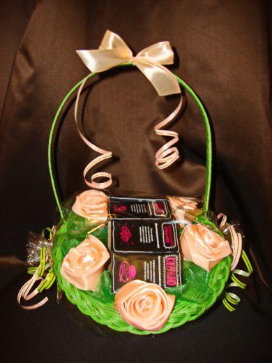 Цветы  корзина с кофе - подарочный набор